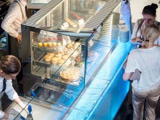 03-isa-panavision-gelato-cabinet-for-gelarty